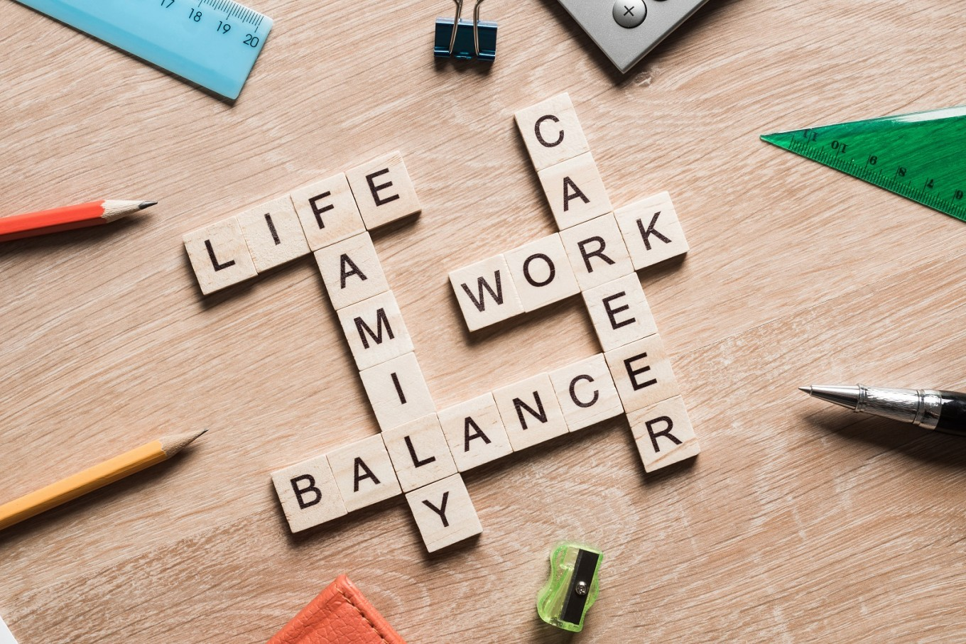 A four-day work week experiment in New Zealand has shown significant improvement in productivity and work-life balance among participants. (Shutterstock/Khakimullin Aleksandr)